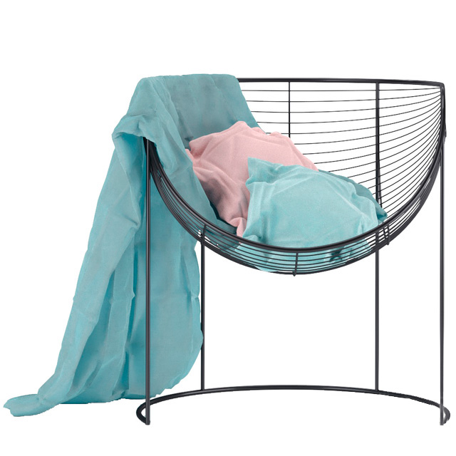 Кресло с тканью